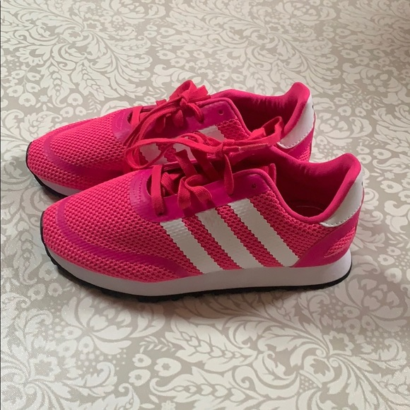 Adidas Kids Sneakers Size 2